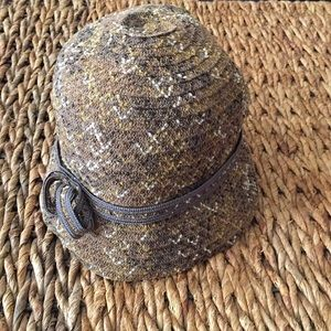 Madison 88/Anthropologie. NWT Hat. Brown motif. OS